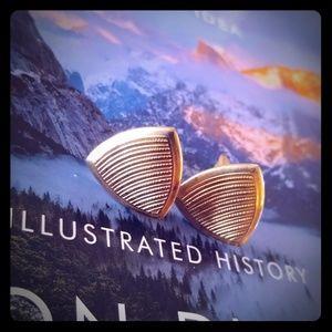Gold triangle vintage cufflinks